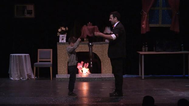 mago-espectaculo-teatro-alameda-sevillaconlospeques