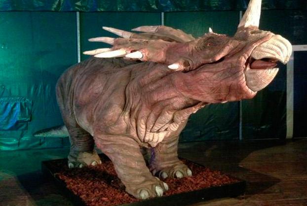 Expo-dinosaurios-Camas-sevillaconlospeques