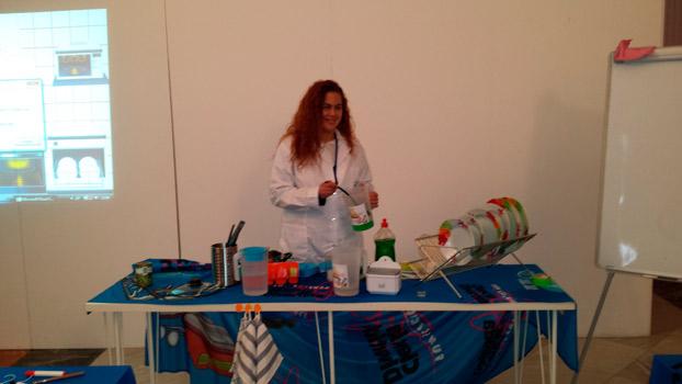 casa-ciencia-ADN-talleres-sevillaconlospeques
