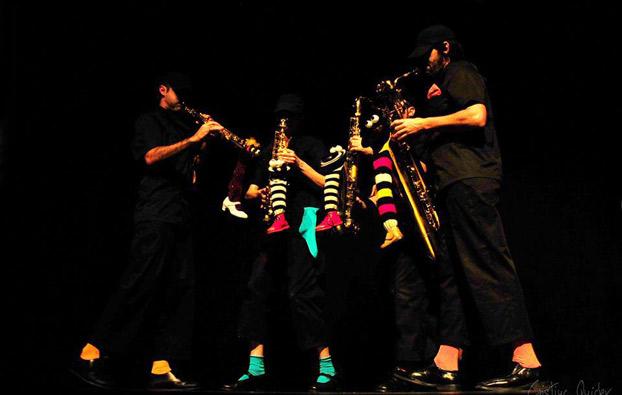familiasaxo-sevillaconlospeques-concierto-salacero
