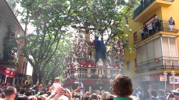 Procesiones en sevilla con niños el martes santo | Sevilla con los peques