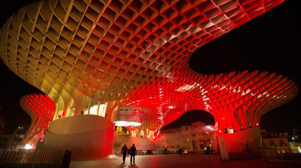 Las setas de la Encarnación de Sevilla iluminadas | Sevilla con los peques