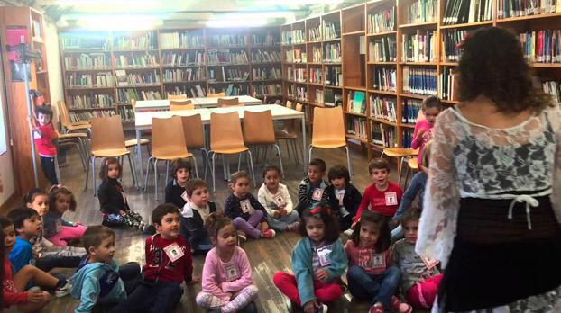 Celebracion en Utrera del mes del libro | Sevilla con los peques