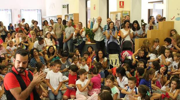 cuentacuentos-utrera-niños-biblioteca-sevillaconlospeques