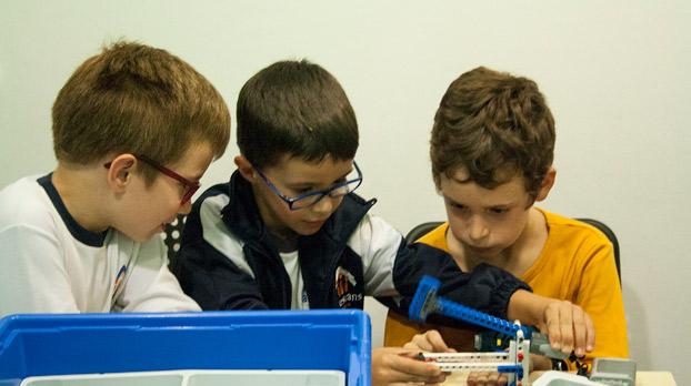 niños-robótica-extraescolares-edukative-sevilla-sevillaconlospeques-01