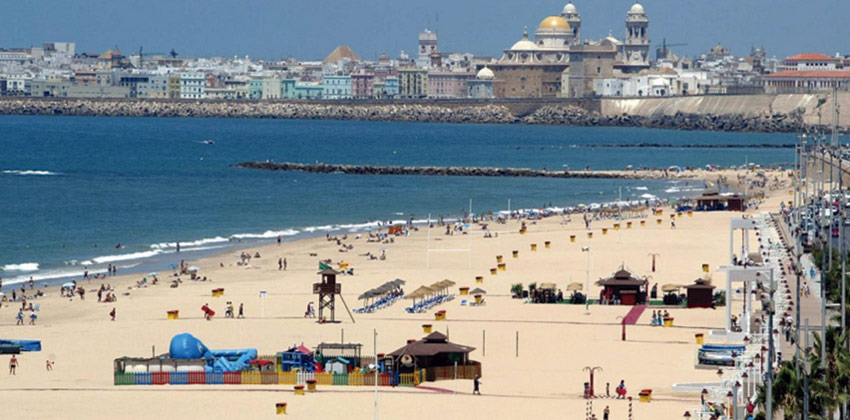 Playas para ir con niños: Playa Reina Victoria |Sevilla con los peques