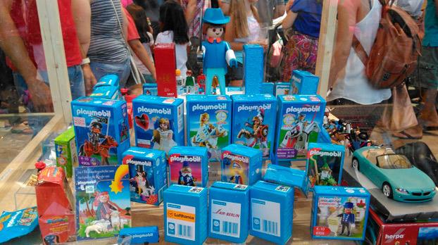 nin%cc%83os-sevilla-mercado-playmobil-ecija-sevillaconlospeques-01