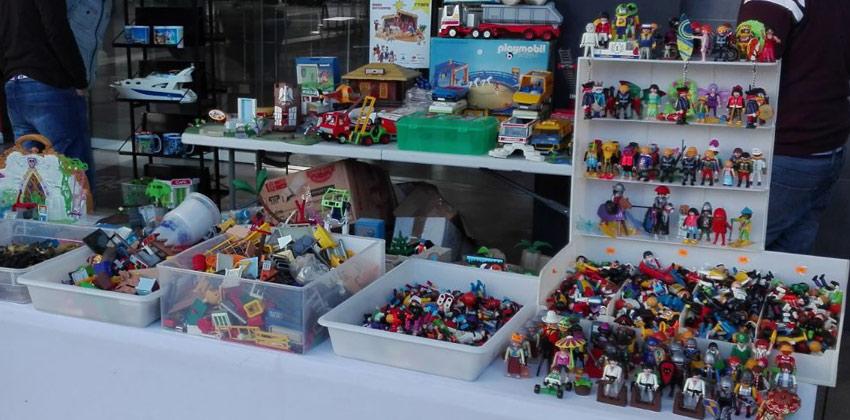 Playmarket exposición de playmobil y mercadillo en Viapol Center | Sevilla con los peques