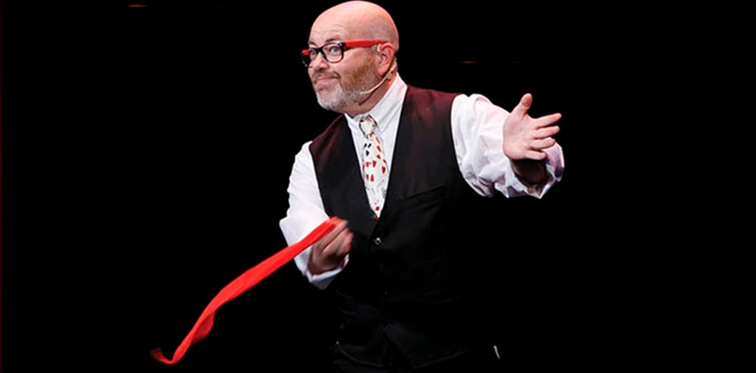 Magic Peter en CasaLa Teatro | Sevilla con los peques