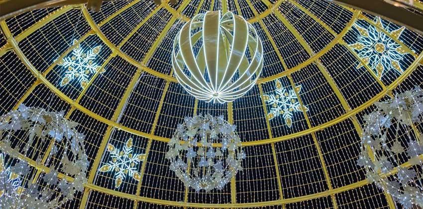 Iluminación de Navidad en Plaza San Francisco de Sevilla 00 | Sevilla con los peques