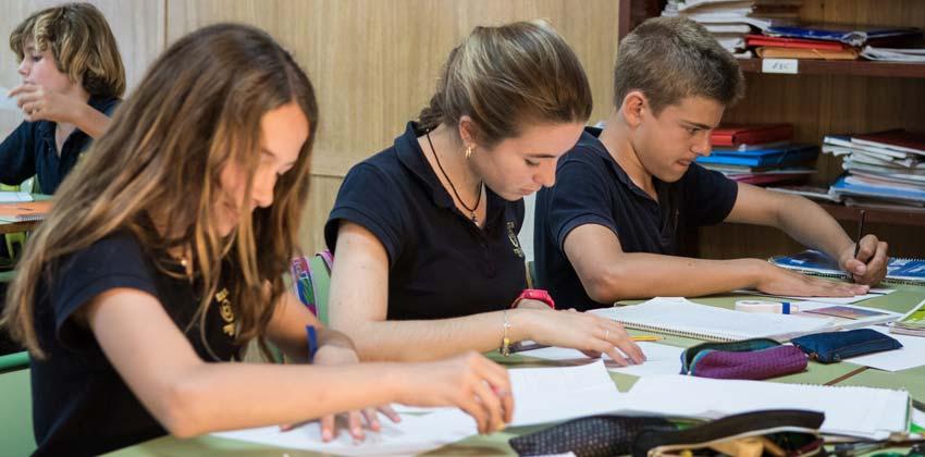 Biblioteca del Colegio Internacional Europa | Sevilla con los peques