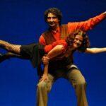 El Viaje de Miércoles teatro con malabares | Sevilla con los peques